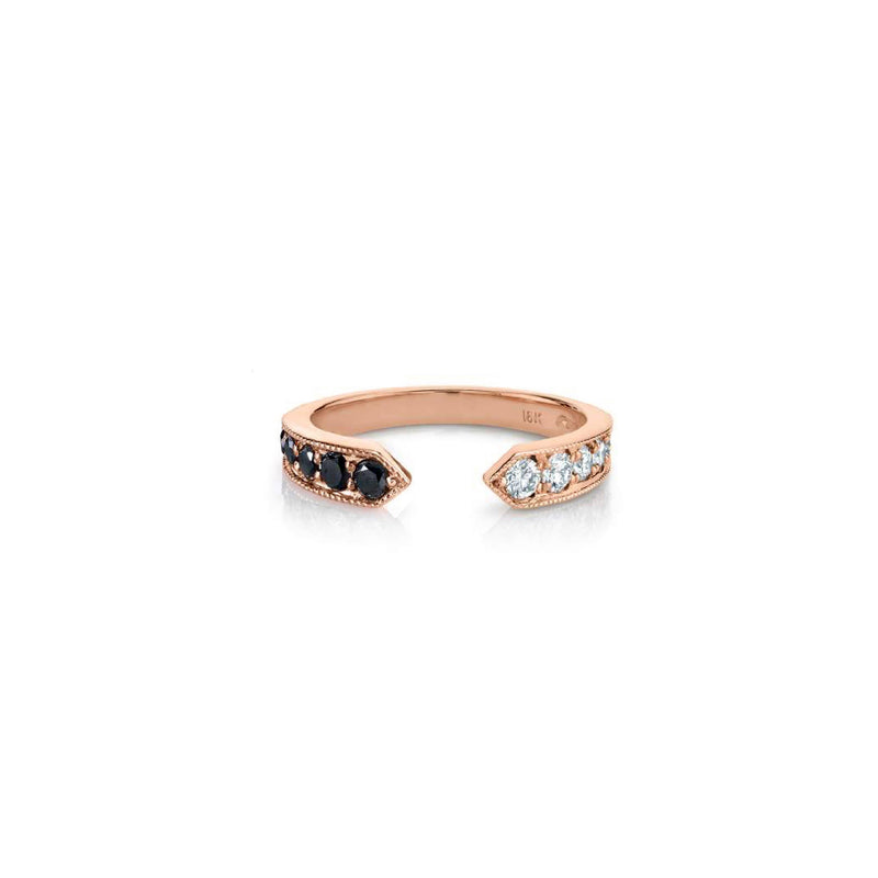 Othello Chevron Ring