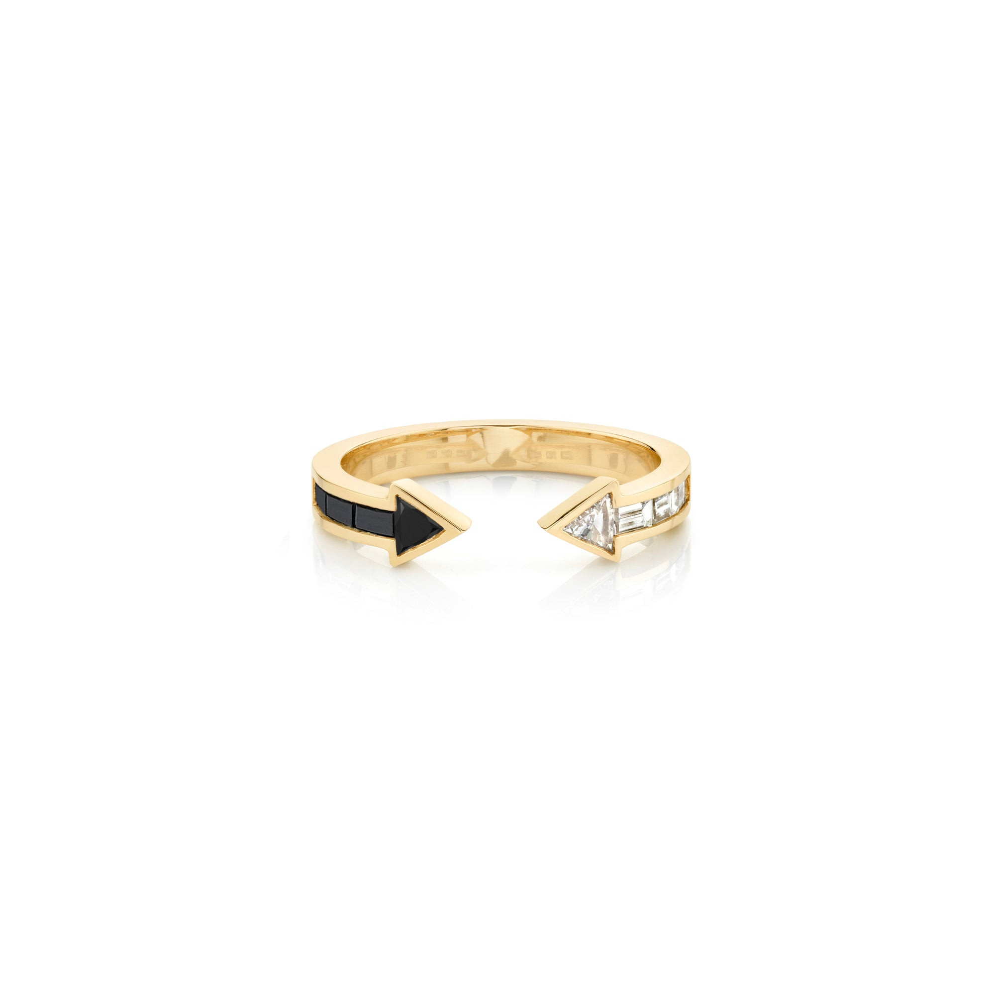Othello Arrow Ring