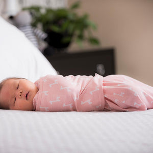 Classic 2-Way Swaddle | Pink Giraffes | Teal Sooty