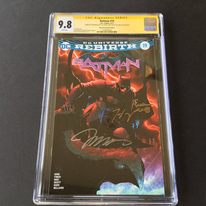 2017 DC Comics BATMAN 19 Jim Lee Convention Edition CGC 9.8 SS Signed Jim Lee 3x