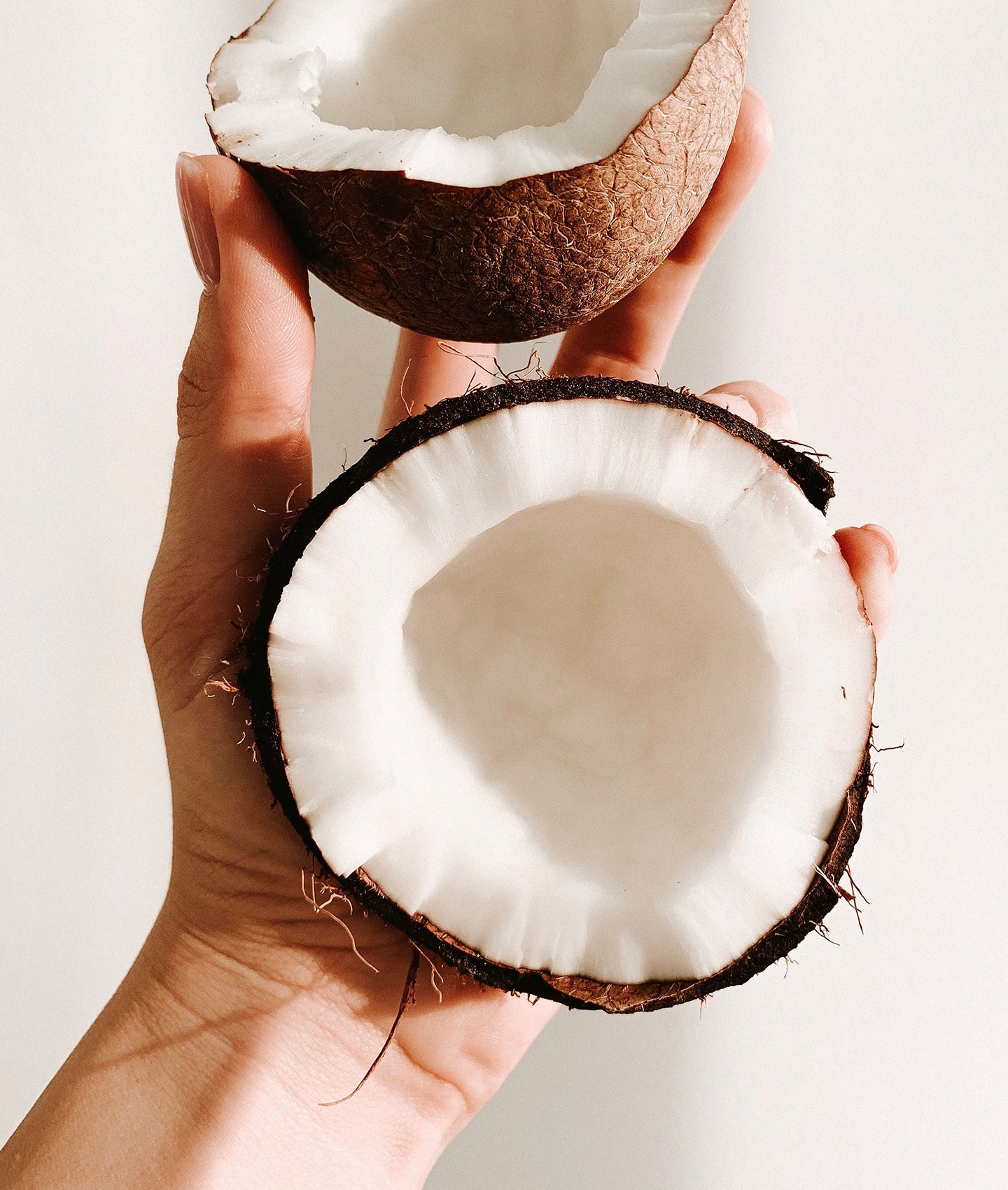 Is Coconut Oil Good for Your Face: Pros and Cons of This Skincare Ingredient