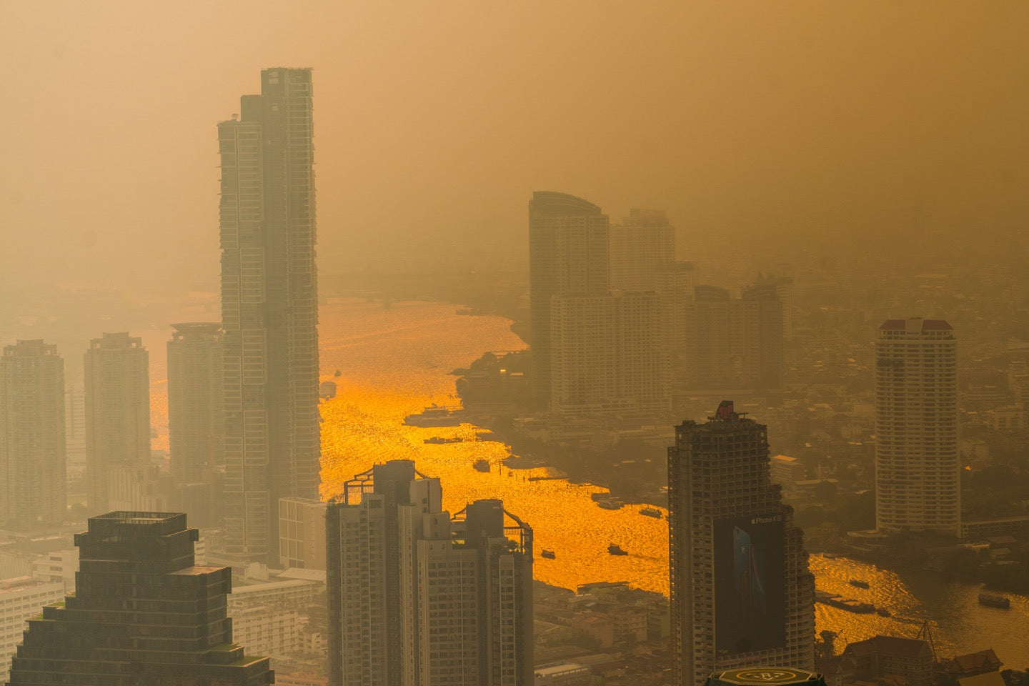 How to Protect Your Skin From Pollution: A Complete Guide