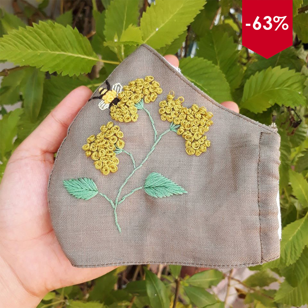 [BLACK FRIDAY - CYBER MONDAY] Sweet Bee Hand Embroidery Natural Linen Mask