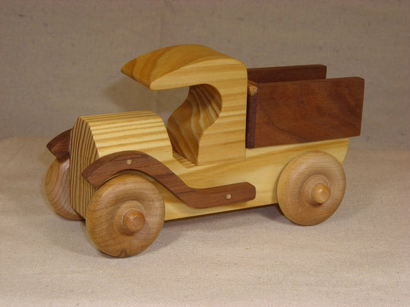 Wood Truck Pine, Black Walnut