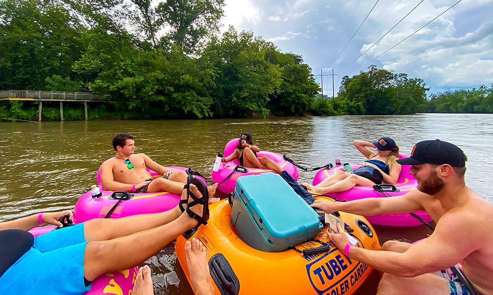 French Broad River Float | Flashpacker Chronicles