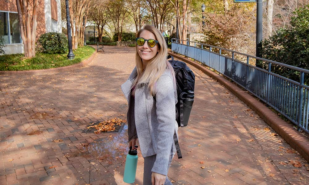 9 Reasons to Travel With Hilx Folding Sunglasses
