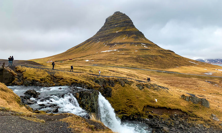 Kirkjufell  Mountain | Visiting Iceland in 4 Days | Flashpacker Chronicles