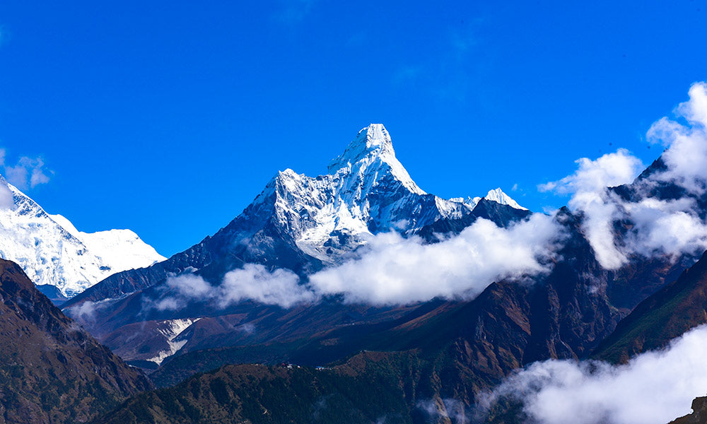 Why You Should Consider Adventure Travel For Your Next Trip | Mount Everest