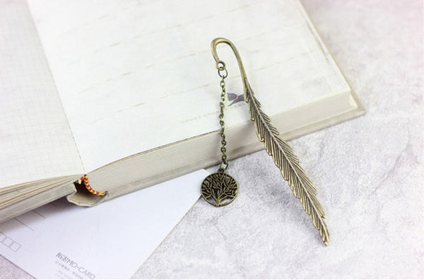 Retro Feather Bookmark