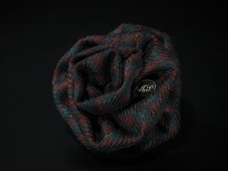 MyB Cashmere & Wool Flower Small Check Navy/Bordeaux