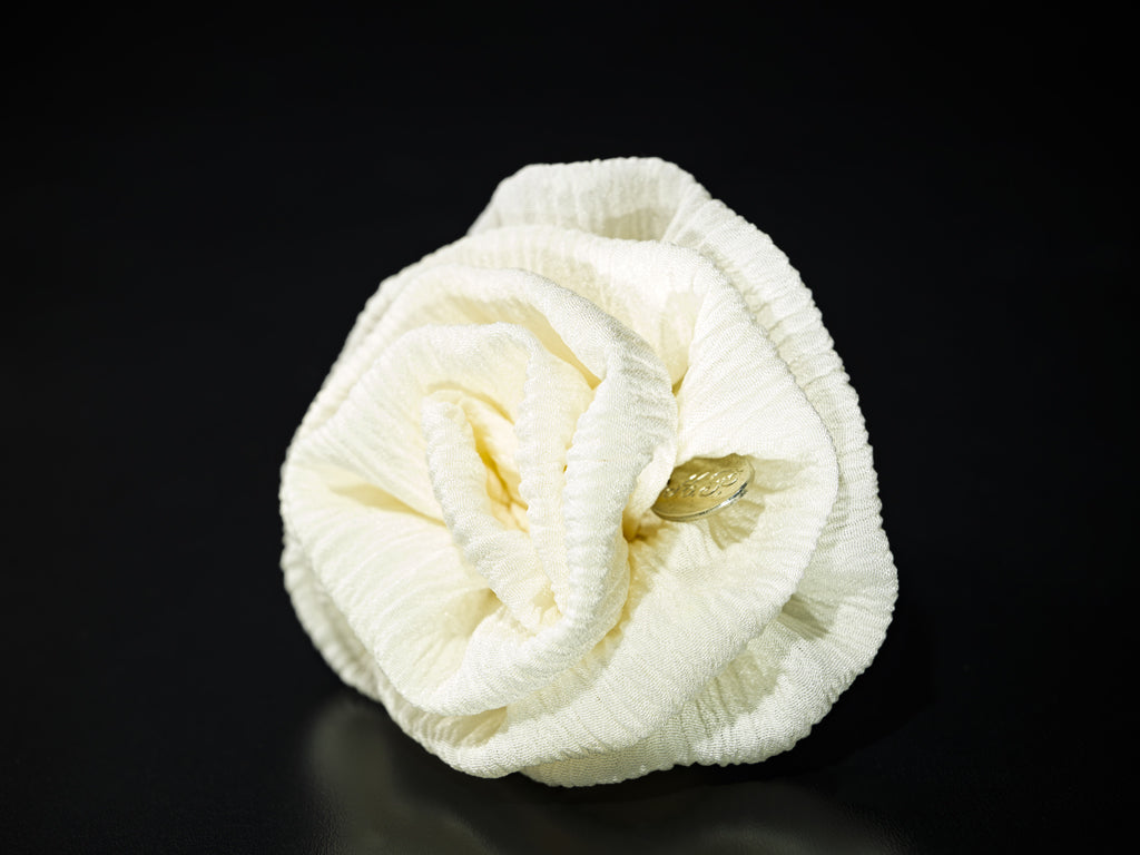 MyB Silk Flower Plissè Off White
