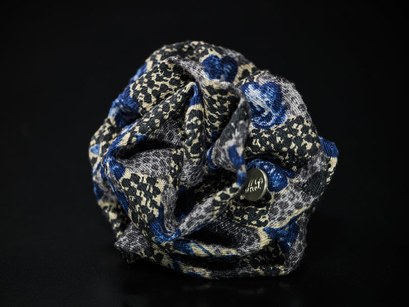 MyB Silk Flower Floral Jacquard Black/Blues