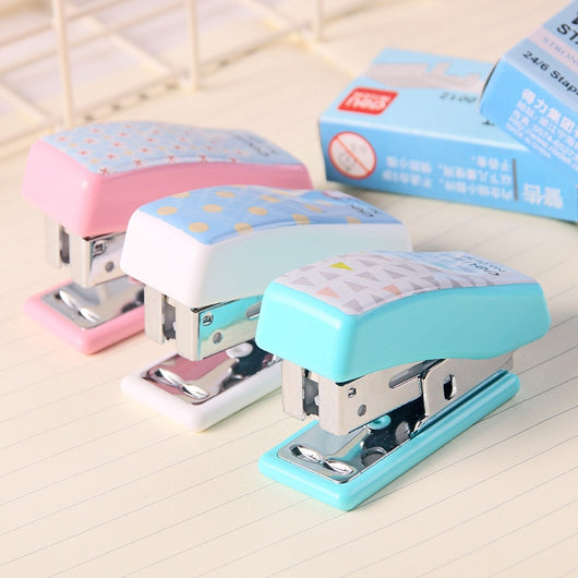 Staple-less Stapler Cute Cartoon Mini Student Gift