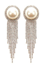 Load image into Gallery viewer, Pearl Clip-On Earrings