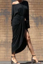 Load image into Gallery viewer, The Chloe Dress (Black)