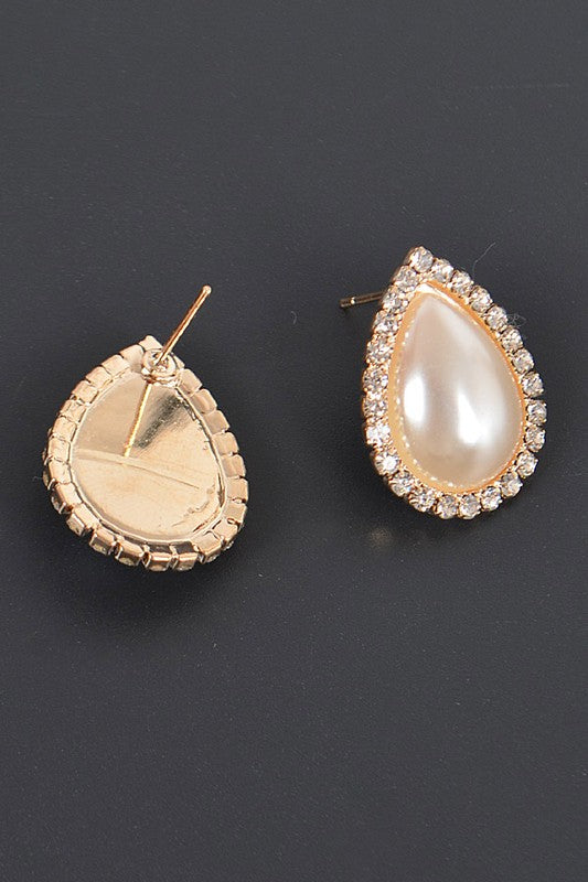 Teardrop Pearl Studded Earrings