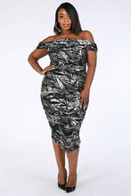 Load image into Gallery viewer, Optical Illusion Dress (Black)