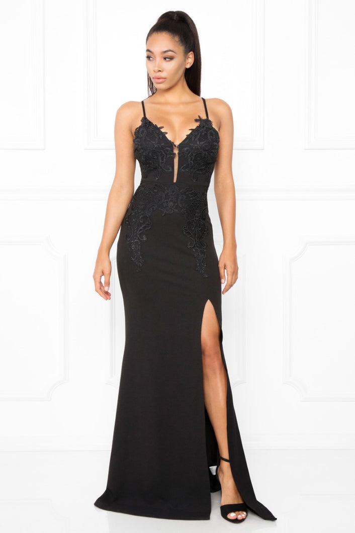 Queen Avery Dress (Black)