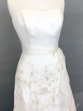 Load image into Gallery viewer, Georgia Sample Dress