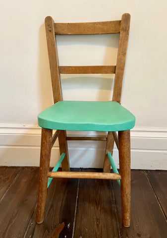 The No more Peas - Vintage, painted child's chair