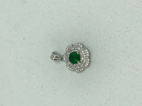 Natural Emerald Gemstone Sterling Silver Flower Pendant