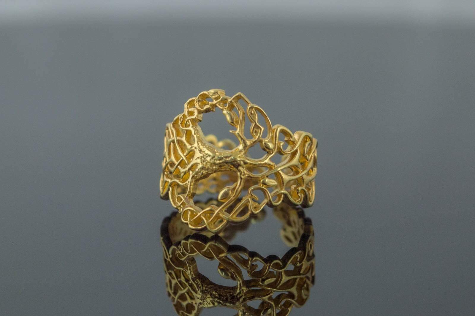 Yggdrasil Ring with Ornament Gold Unique Norse Jewelry