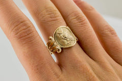 Ancient Smithy VW jewelry Gold Owl Symbol with Ornament Ring Unique Jewelry