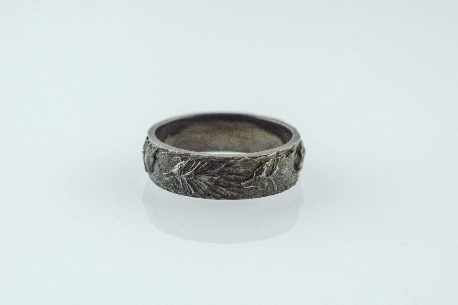 Ancient Smithy VW jewelry Wolf Ornament Ring Ruthenium Plated Sterling Silver Black Limited Edition Norse Ring