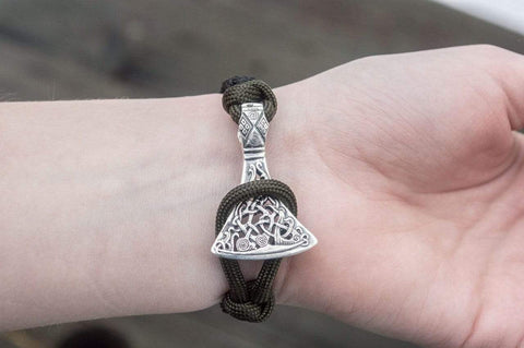 Ancient Smithy VW jewelry SILVER Black Paracord Bracelet with Viking Axe and Norse Rune Jewelry SAB-R-003