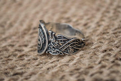 Ancient Smithy VW Rings Triskelion (The Horns of Odin )  Norse God Odin Ring with Wolf Decoration