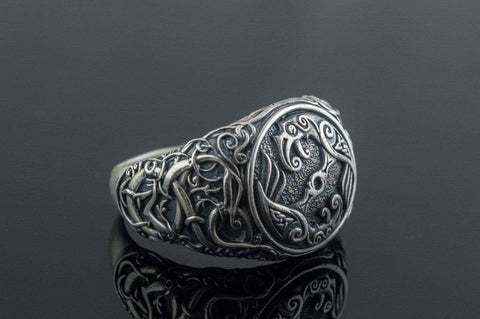 Ancient Smithy VW Rings Huginn and Muninn (Thought and Mind) Ravens Ring with Ornament