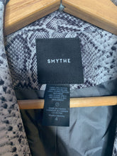 Load image into Gallery viewer, Vic's Smythe Shawl Collar Python Blazer