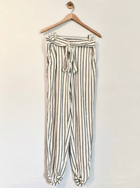 Erin's Max Studio Belted Linen Pants - Rhymes With Orange