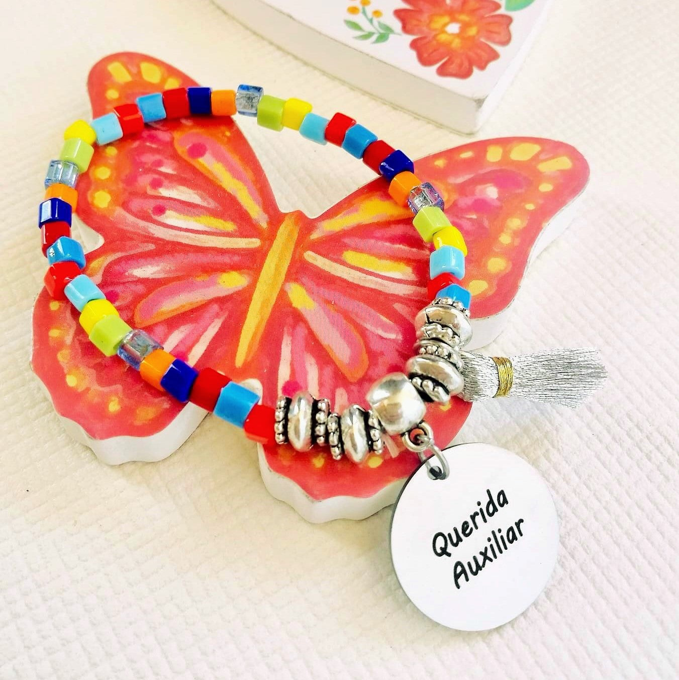 Pulseira multicolor - Querida Professora