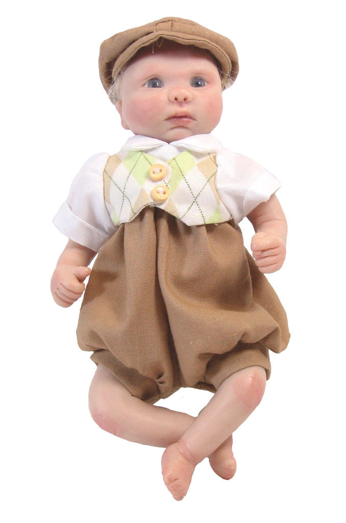 "Tan Argyle Vest Outfit for 7"" Baby Dolls"