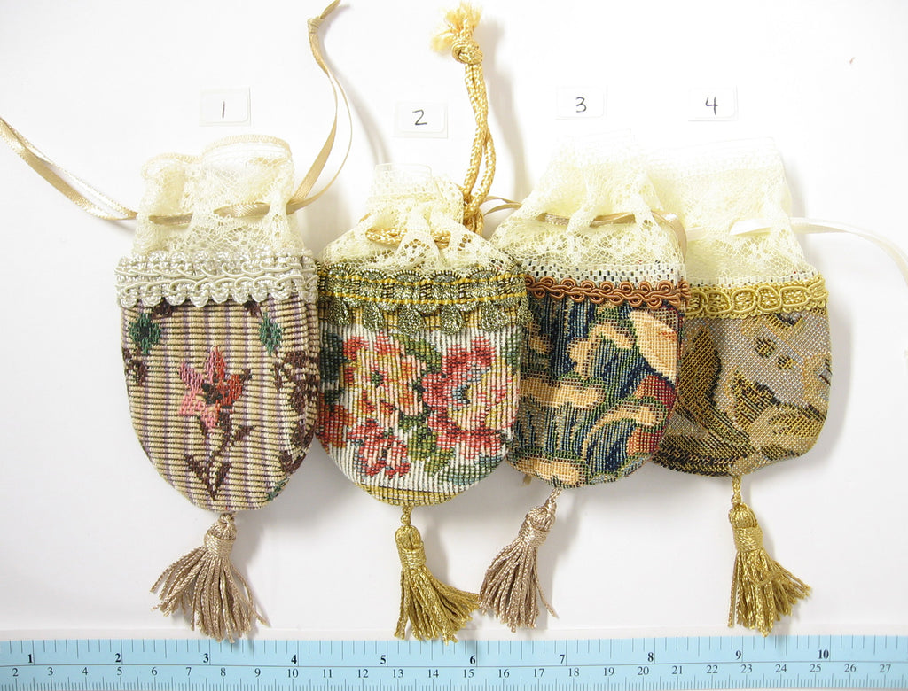 Medium Tapestry Purse for Dolls