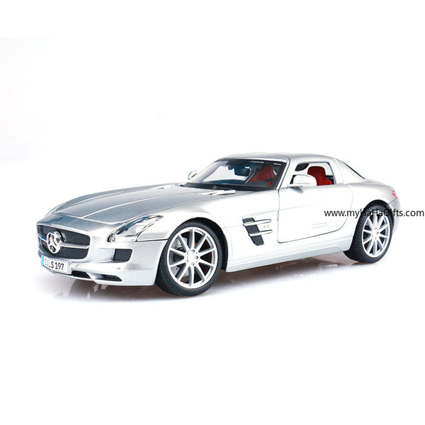 Maisto 1:18 Mercedes SLS AMG Super Model - my-haha-gifts