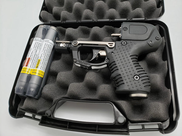 The FIRESTORM Black JPX 6 LE Defender pepper gun with laser bundle package.