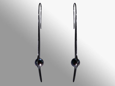 HUKU Black Silver Earrings - Black Pearl