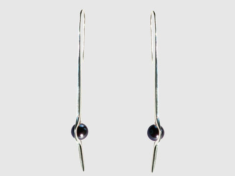 HUKU Silver Mirror Finish Earrings - Black Pearl