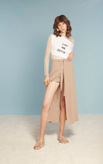 Brown Beach Skirt / 'Lay Me Down' Tee