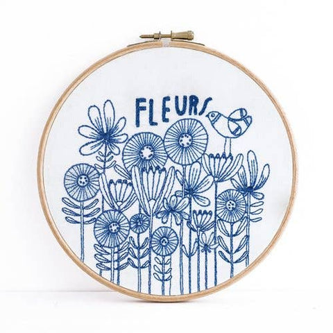 Fleurs Embroidery Kit