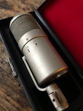 Load image into Gallery viewer, Neumann U47 FET sn.2148