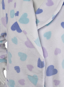 http://images.esellerpro.com/2278/I/935/66/HC05302-heart-robe-white-close-up-1.jpg
