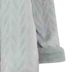 http://images.esellerpro.com/2278/I/183/994/HC4336-slenderella-ladies-faux-fur-collar-button-up-robe-housecoat-dressing-gown-grey-close-up-2.jpg