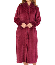 Load image into Gallery viewer, http://images.esellerpro.com/2278/I/183/994/HC4336-slenderella-ladies-faux-fur-collar-button-up-robe-housecoat-dressing-gown-raspberry.jpg