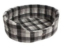 Load image into Gallery viewer, http://images.esellerpro.com/2278/I/129/913/highland-premium-oval-dog-pet-bed-winter-check.jpg