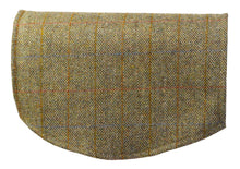 Load image into Gallery viewer, http://images.esellerpro.com/2278/I/179/743/scottish-tweed-wool-antimacassar-chair-back-loden-herringbone.jpg