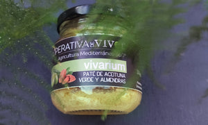 Spread of green olives with almonds. 130g. Ingredients: green olives, Spanish almonds, extra virgin olive oil, salt
