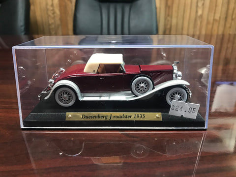 1935 Duesenberg J Roadster 1:32 Scale Metal Model